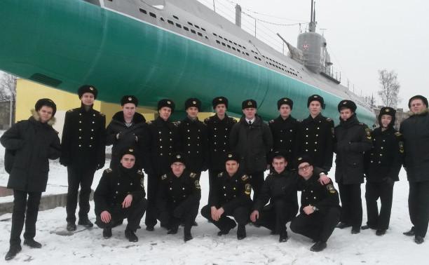 Курсанты Общеинженерного факультета посетили Центральный Военно-Морской музей