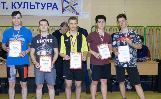 Первое место курсантов и студентов Макаровки на спортивном празднике ко Дню защитника Отечества