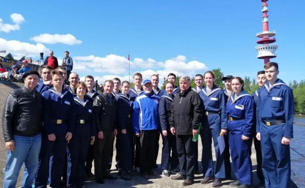Курсанты морского центра – участники  Открытого слета морских клубов «Стрельнинский берег»