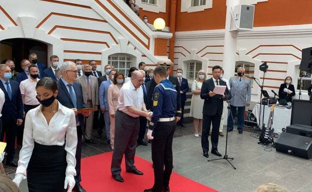 Новоиспеченный судоводитель – в числе лучших выпускников Петербурга